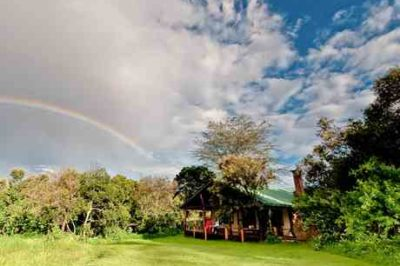 Acacia Mara Bush House