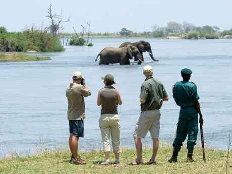 Malawi Highlands, Park & Lake