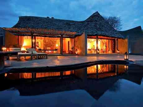 Private Guided Botswana & Kenya Fly-In