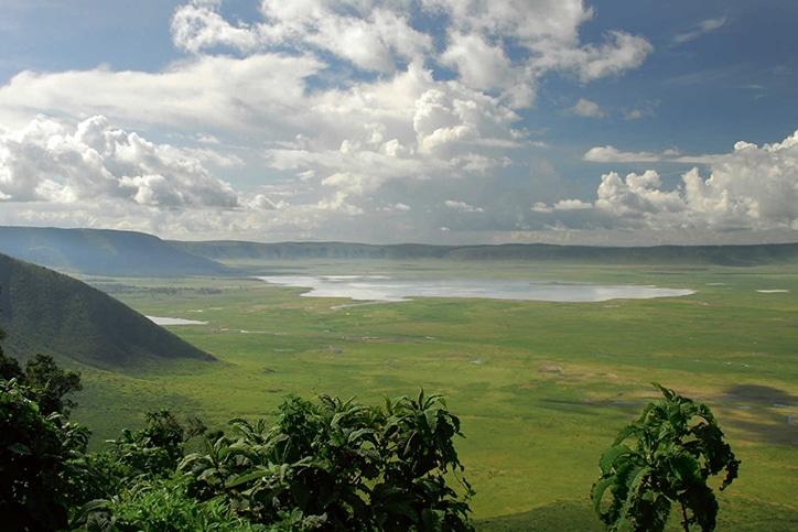 Tanzania's Safari, Migration & Beach